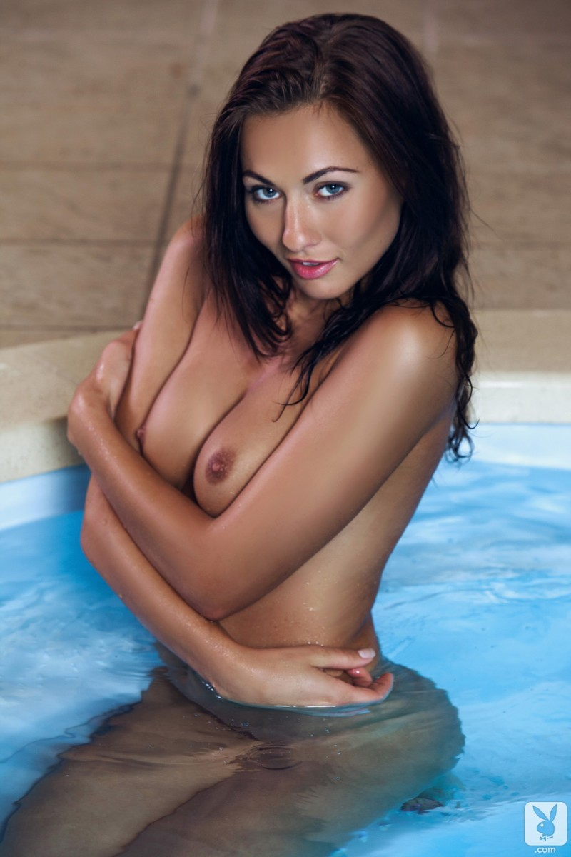 michaela-isizzu-bikini-pool-playboy-17