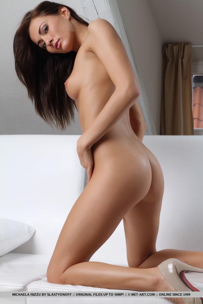 michaela-isizzu-white-dress-nude-metart-13