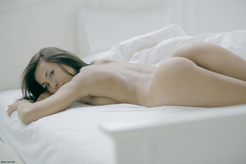 mila-k-bedroom-nude-xart-19