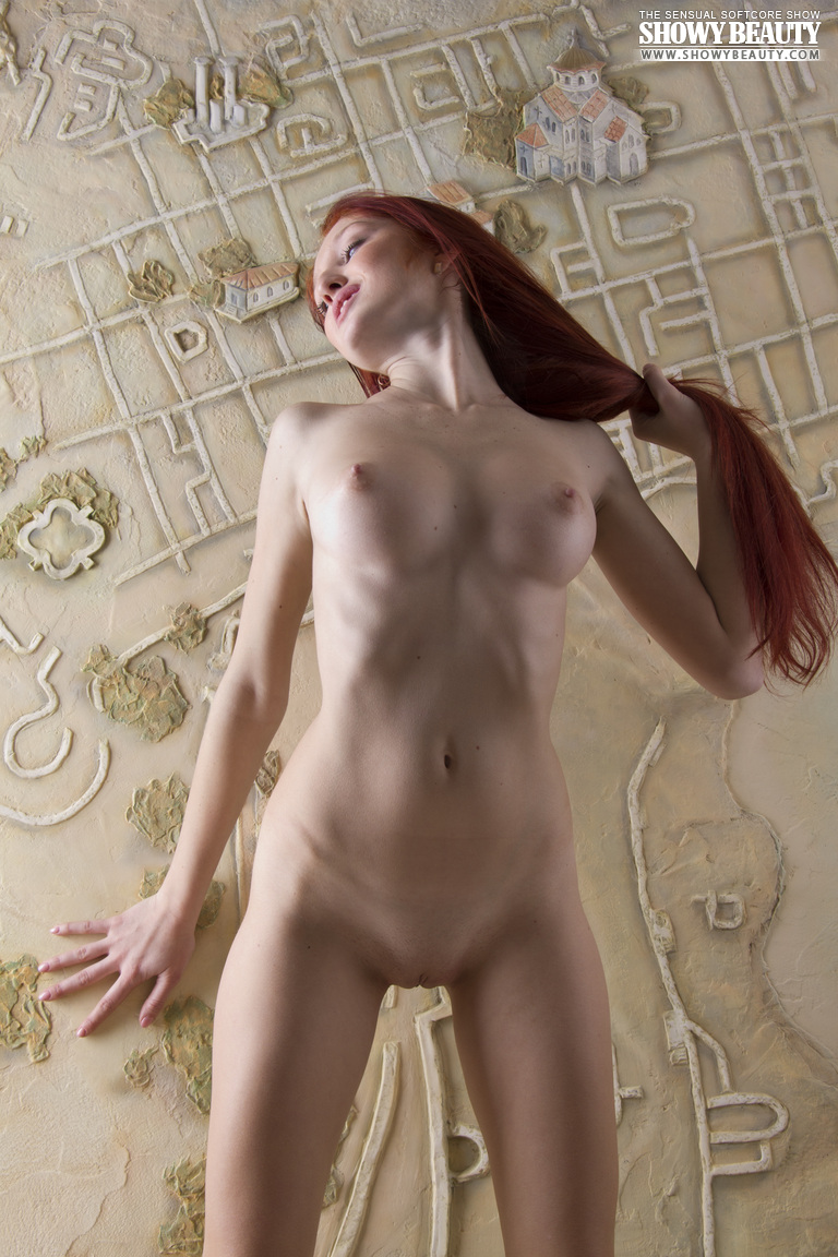 red-fox-redhead-long-hair-showy-beauty-15