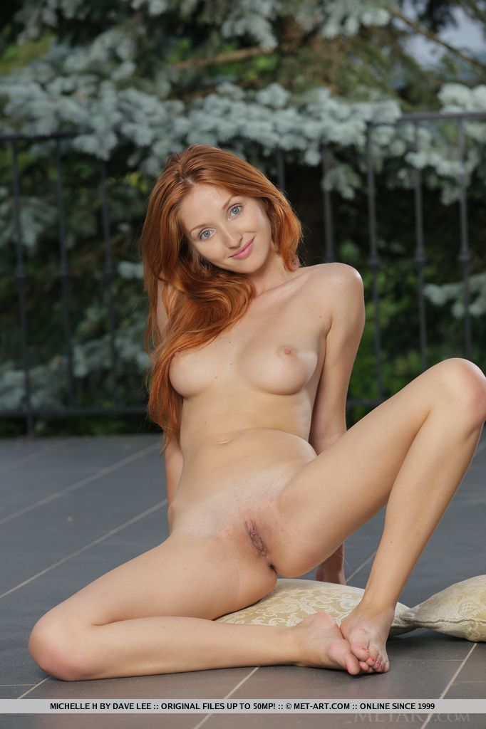 michelle-h-redhead-naked-metart-15
