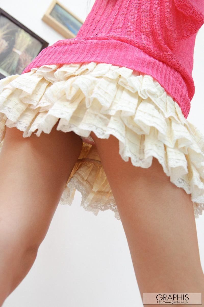 miho-imamura-pink-sweater-nude-graphis-08