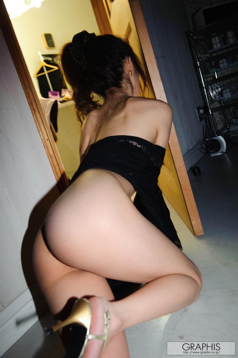 miho-imamura-nude-graphis-02