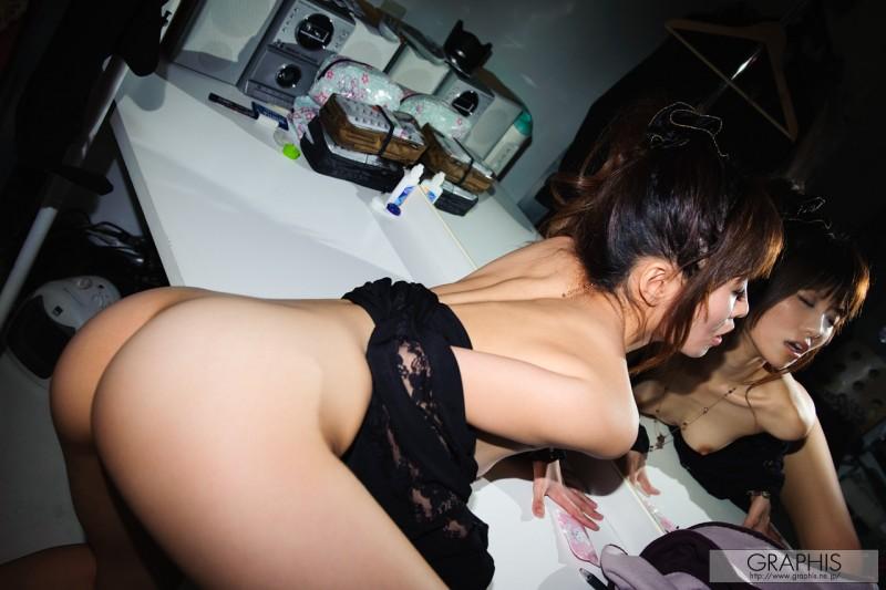 miho-imamura-nude-graphis-11