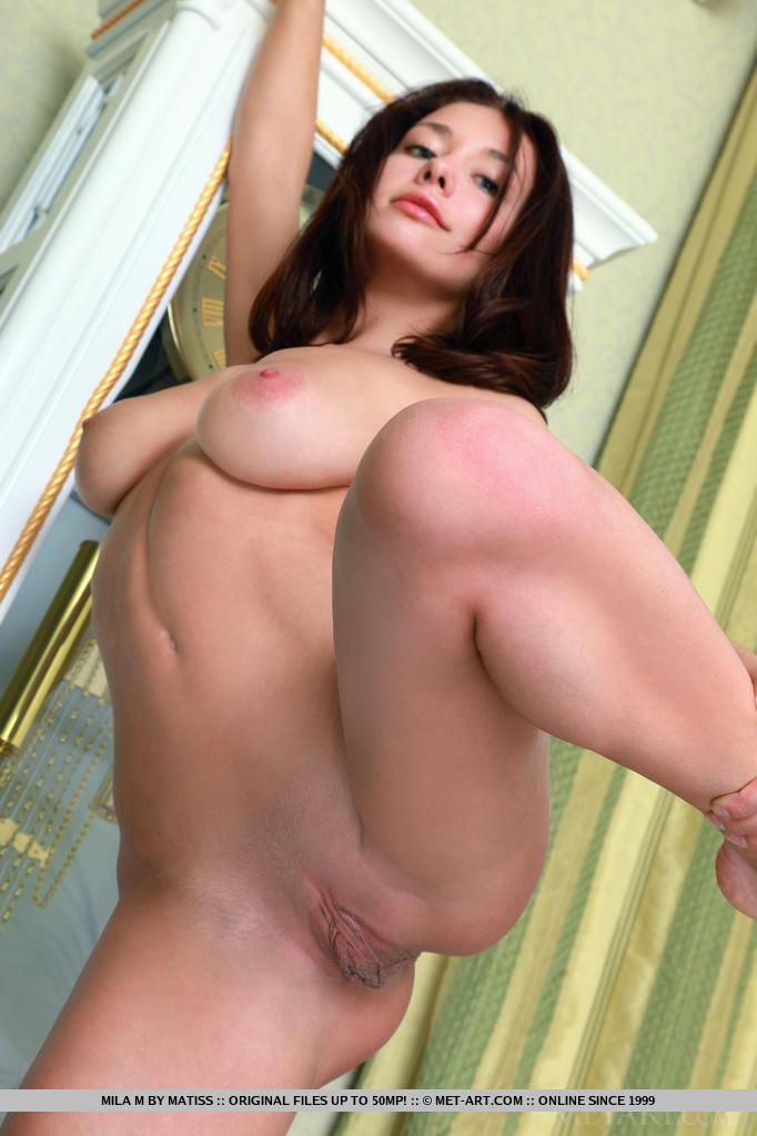 mila-m-red-bra-naked-metart-14