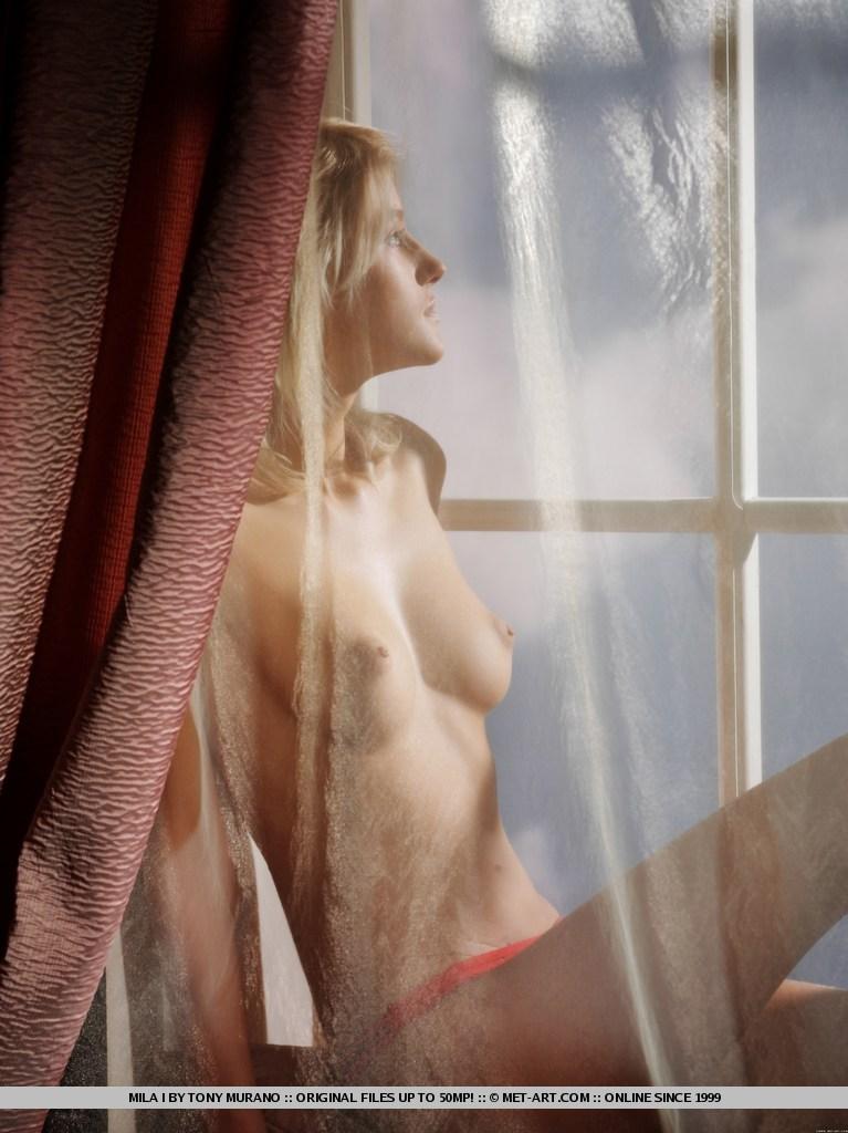 mila-i-red-lingerie-met-art-06