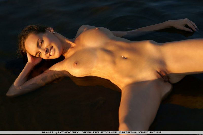 milana-f-lake-nude-metart-12