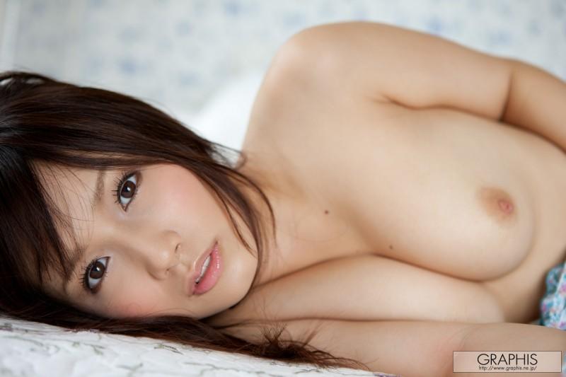 minami-kojima-nude-blue-dress-graphis-16