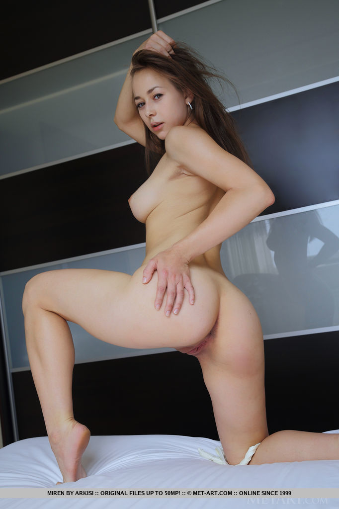 miren-white-lingerie-met-art-06
