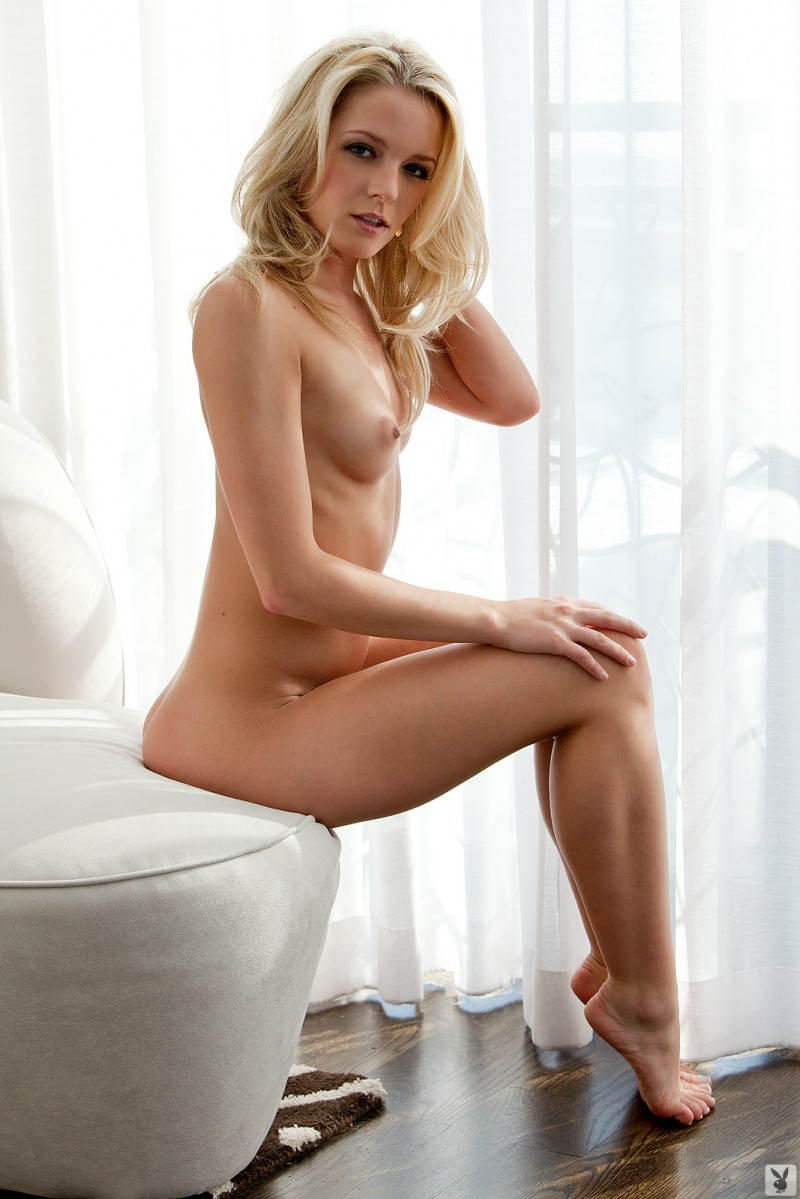 misty-rhodes-nude-playboy-13