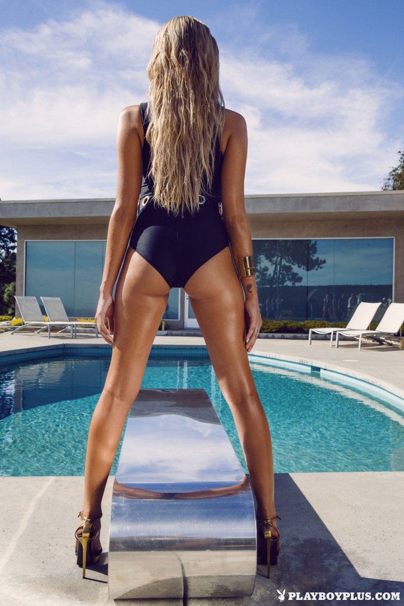 monica-sims-swimsuit-pool-playboy-05