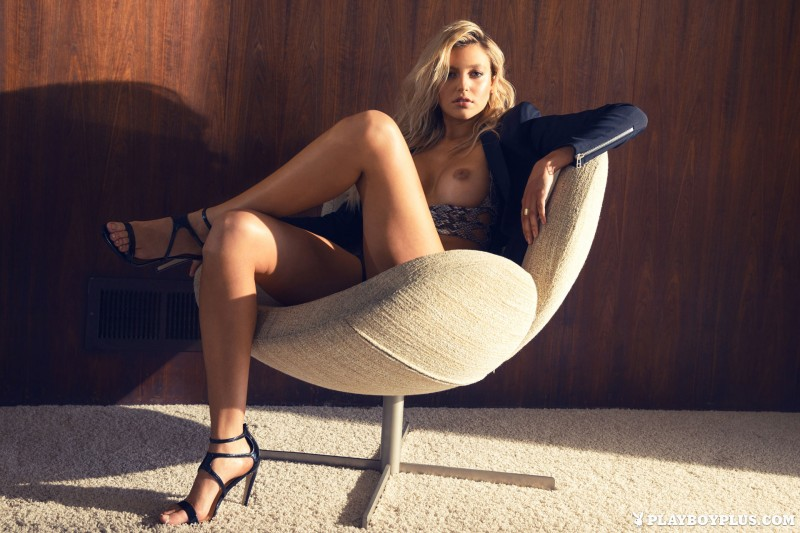 monica-sims-nude-blonde-playboy-01