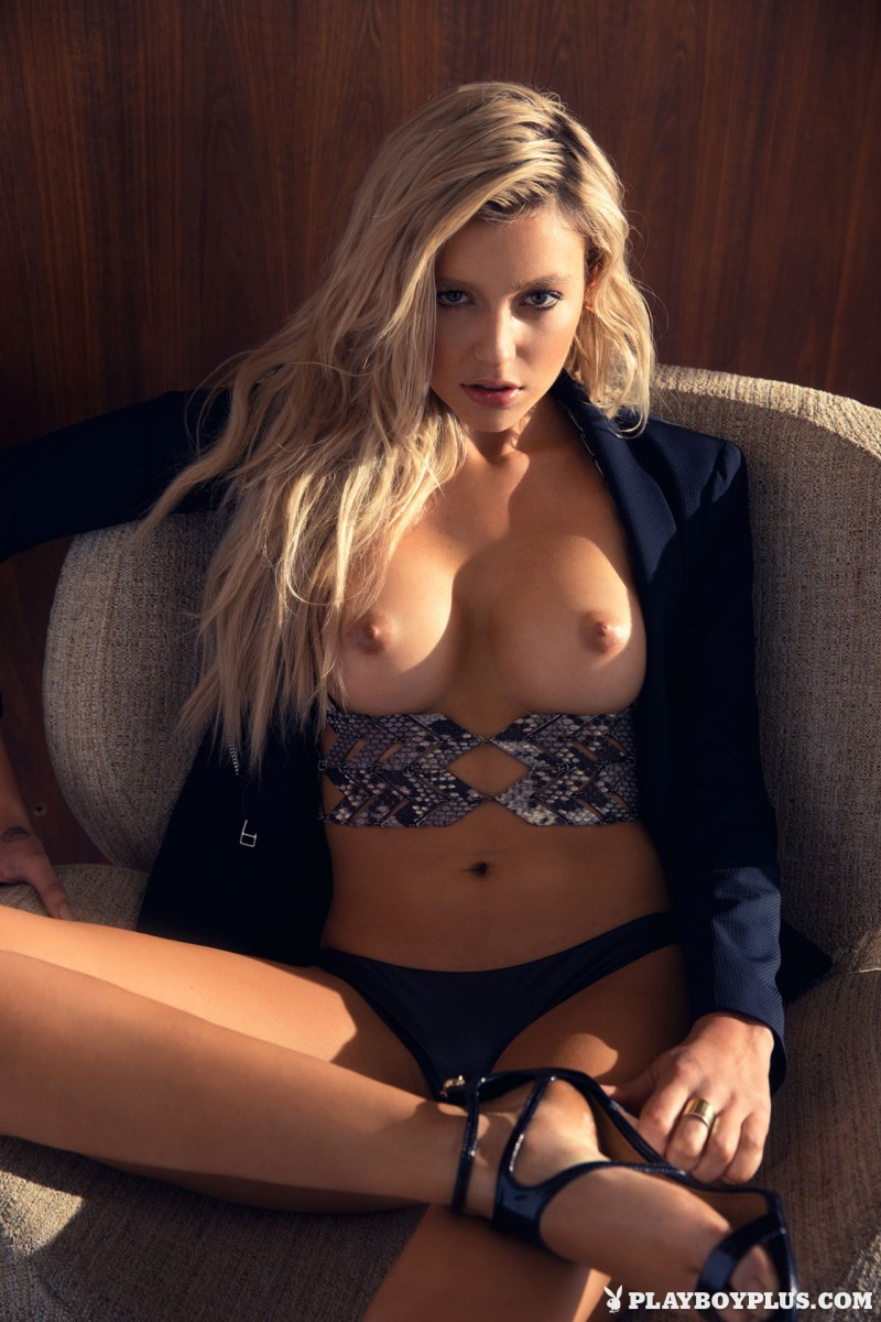 monica-sims-nude-blonde-playboy-03