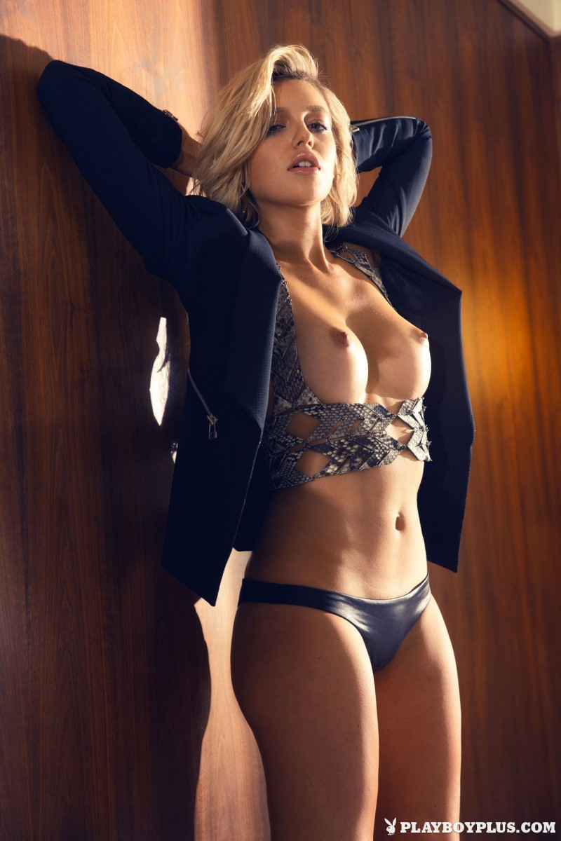 monica-sims-nude-blonde-playboy-06