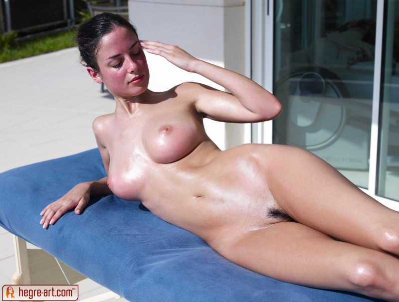 muriel-oiled-hegre-art-02