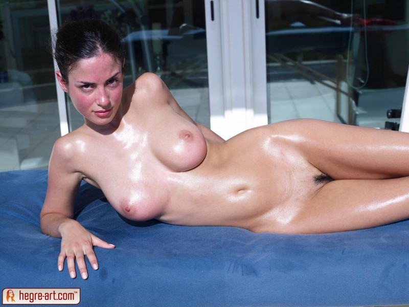 muriel-oiled-hegre-art-04