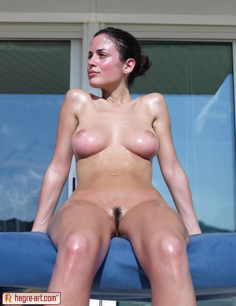 muriel-oiled-hegre-art-05