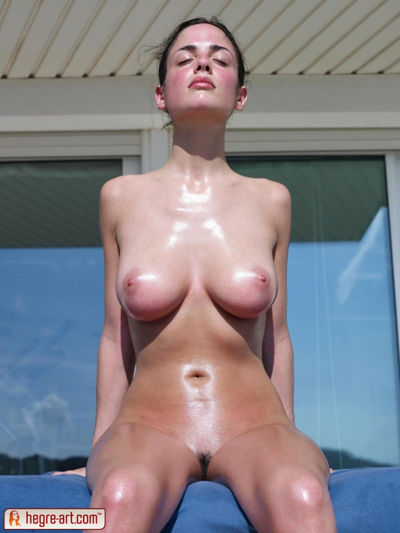 muriel-oiled-hegre-art-06