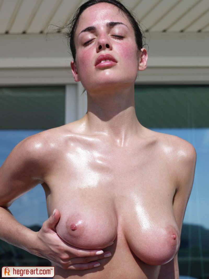 muriel-oiled-hegre-art-09