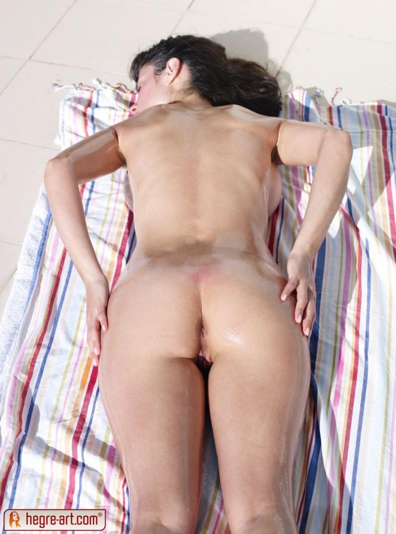 muriel-sunbath-hegre-art-21