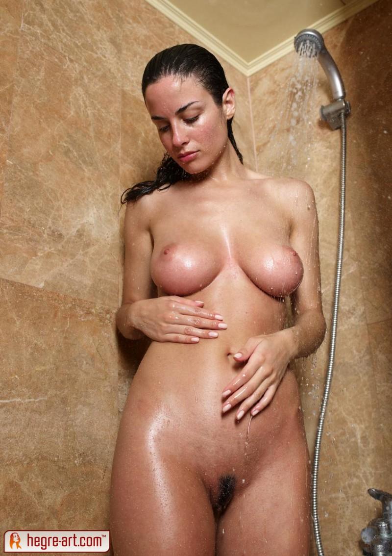 muriel-shower-hegre-art-13