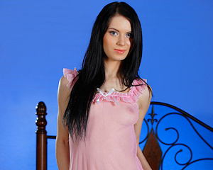 kristina-j-brunette-pink-nighty-metart