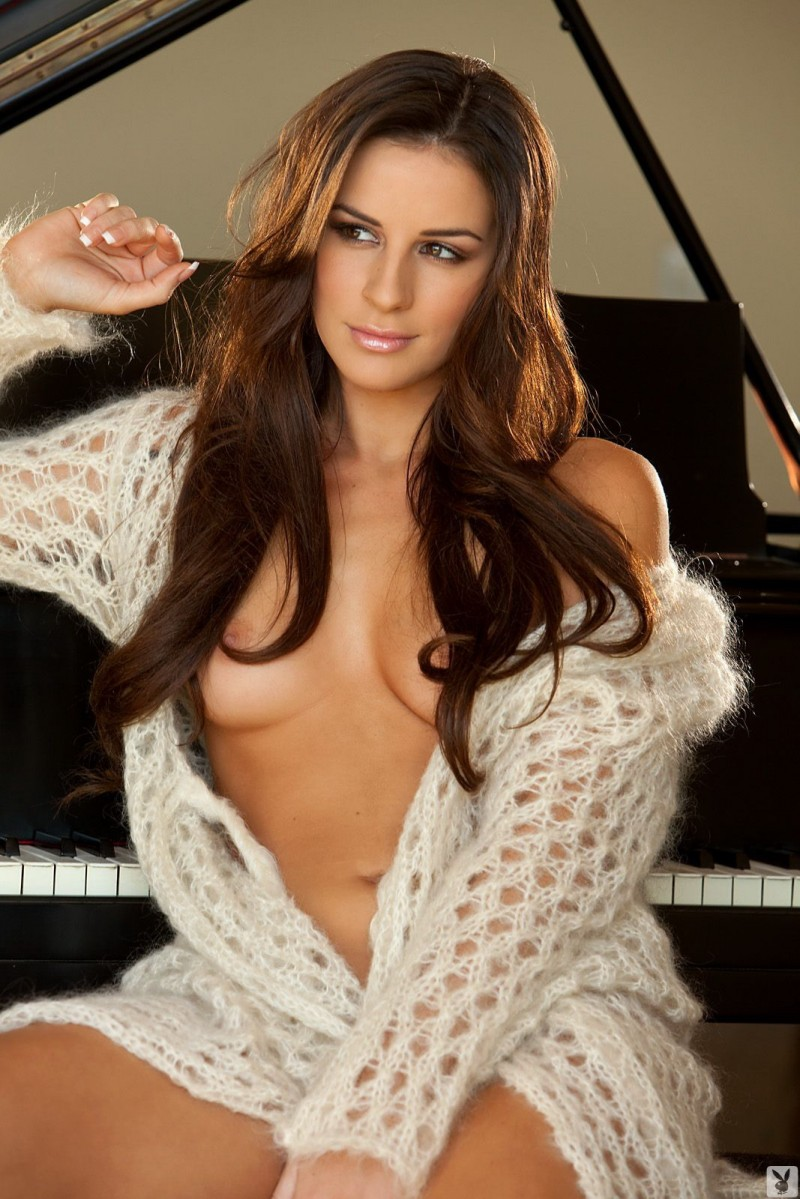 nadia-marcella-piano-nude-playboy-02