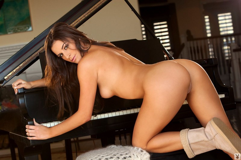 nadia-marcella-piano-nude-playboy-14