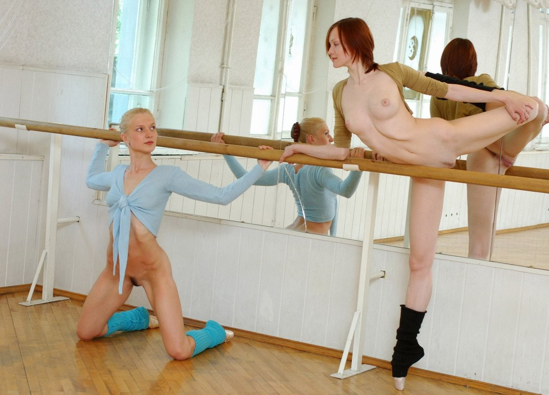 porno-dve-balerini