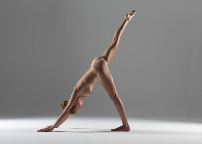 luba-shumeyko-nude-yoga-hegre-art-05