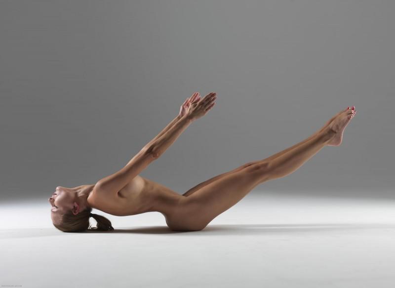 luba-shumeyko-nude-yoga-hegre-art-26
