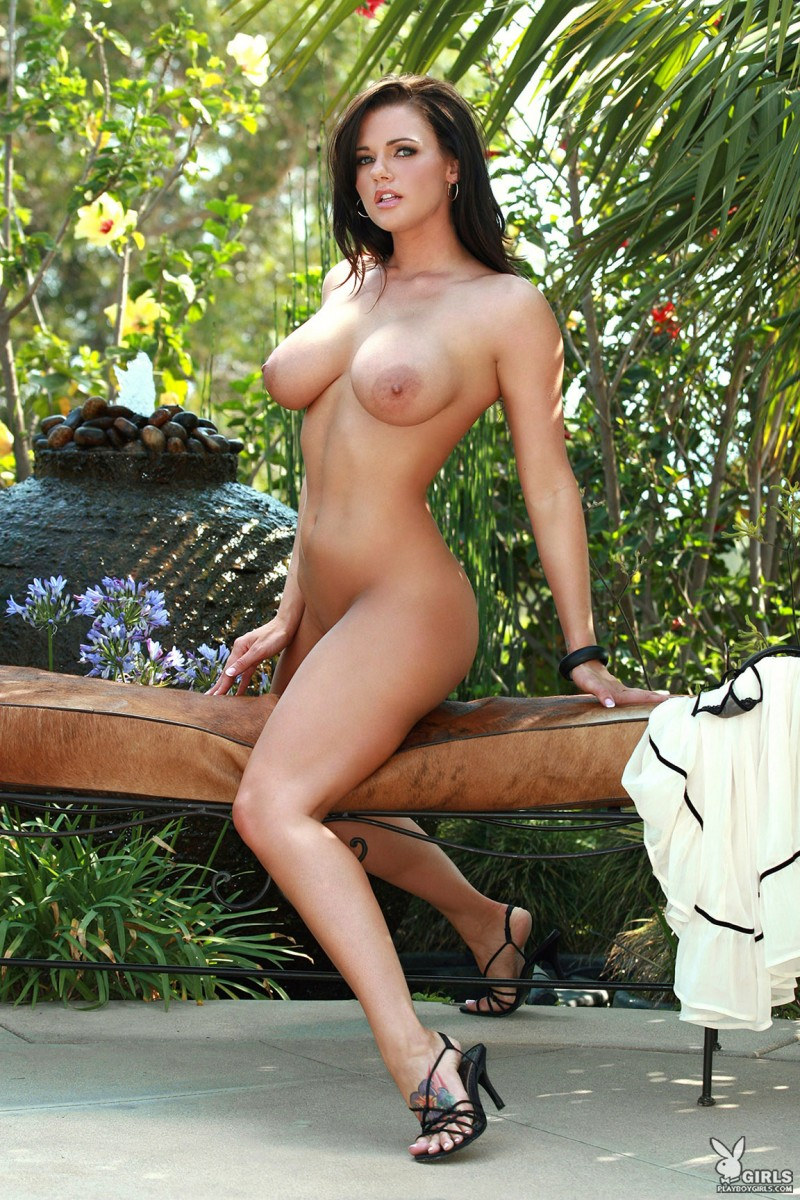 nancy-patton-garden-playboy-16
