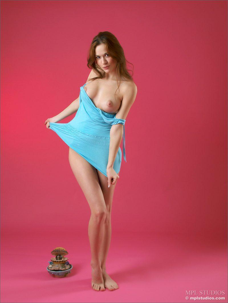 iveta-light-blue-nude-mplstudios-03