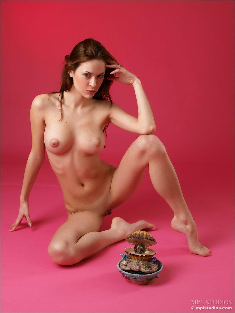 iveta-light-blue-nude-mplstudios-12