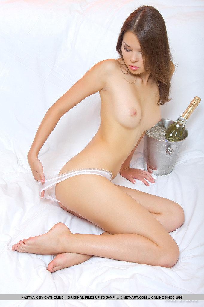 nastya-k-champagne-met-art-05