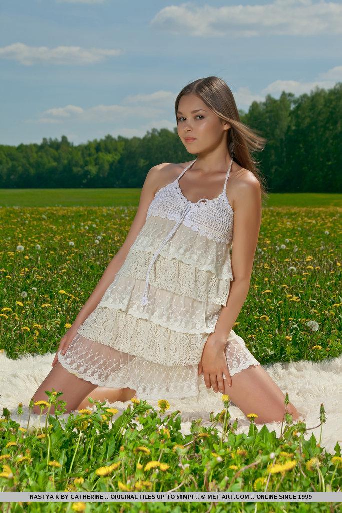 nastya-k-meadow-met-art-01