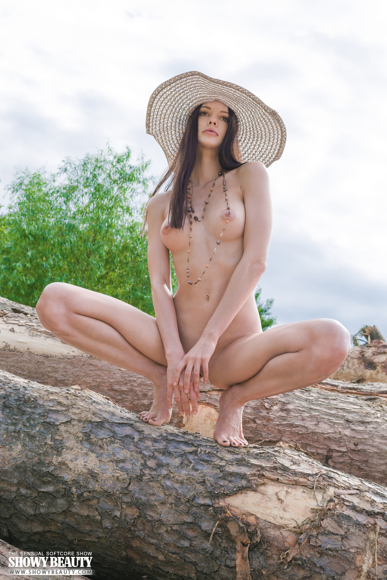 natali-hat-showybeauty-11