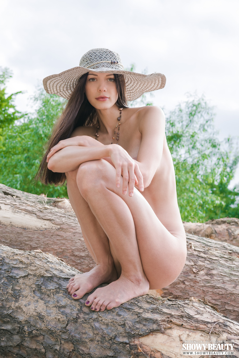 natali-hat-showybeauty-12