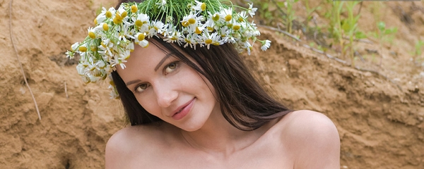 Natali – Wreath of wildflowers