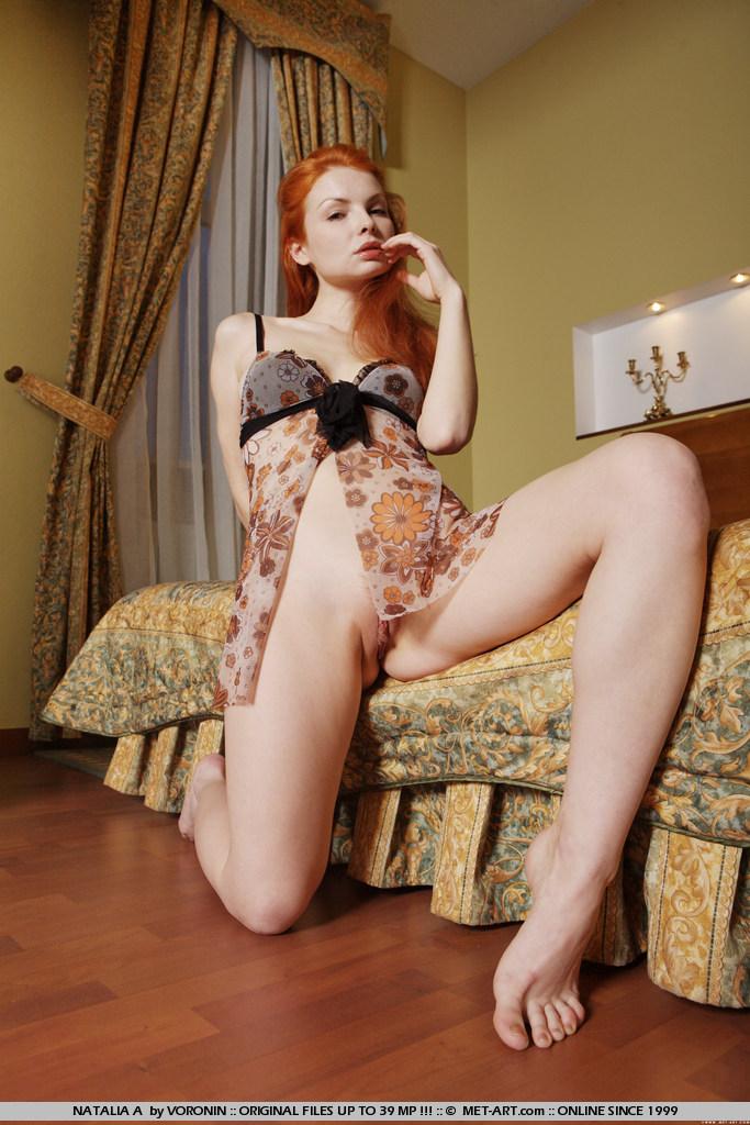 natalia-a-redhead-bedroom-naked-metart-05