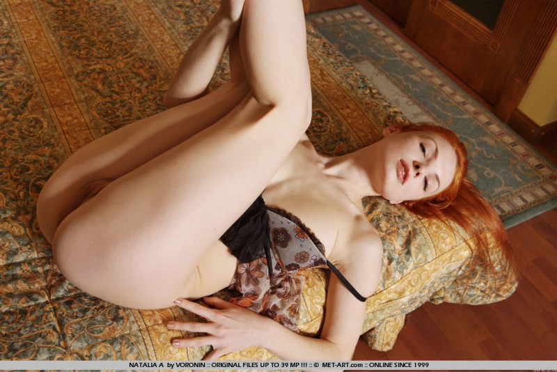 natalia-a-redhead-bedroom-naked-metart-08