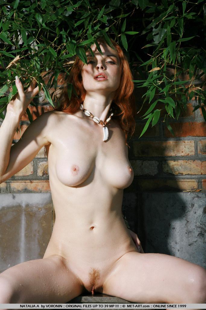 natalia-a-pool-met-art-11