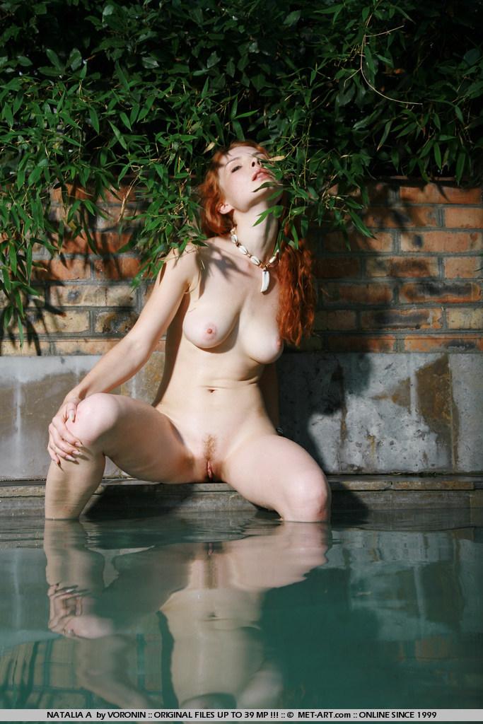 natalia-a-pool-met-art-12
