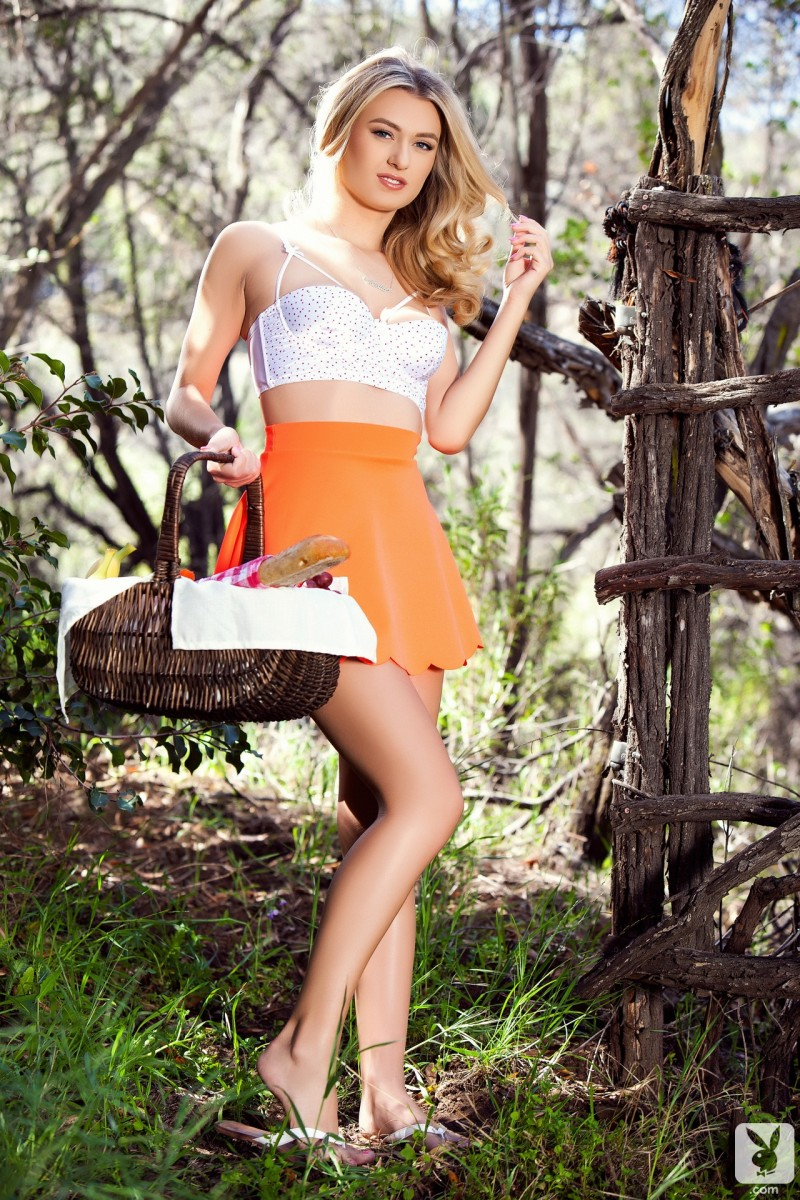 natalia-starr-picnic-nude-playboy-01