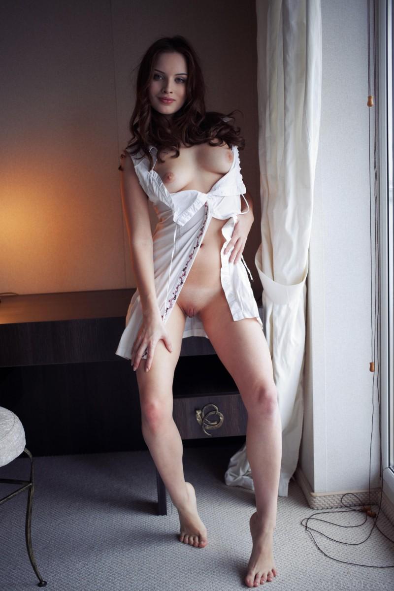 natalie-b-hotel-room-metart-04