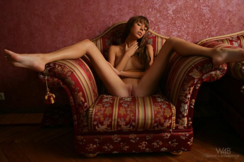 natasha-armchair-watch4beauty-12
