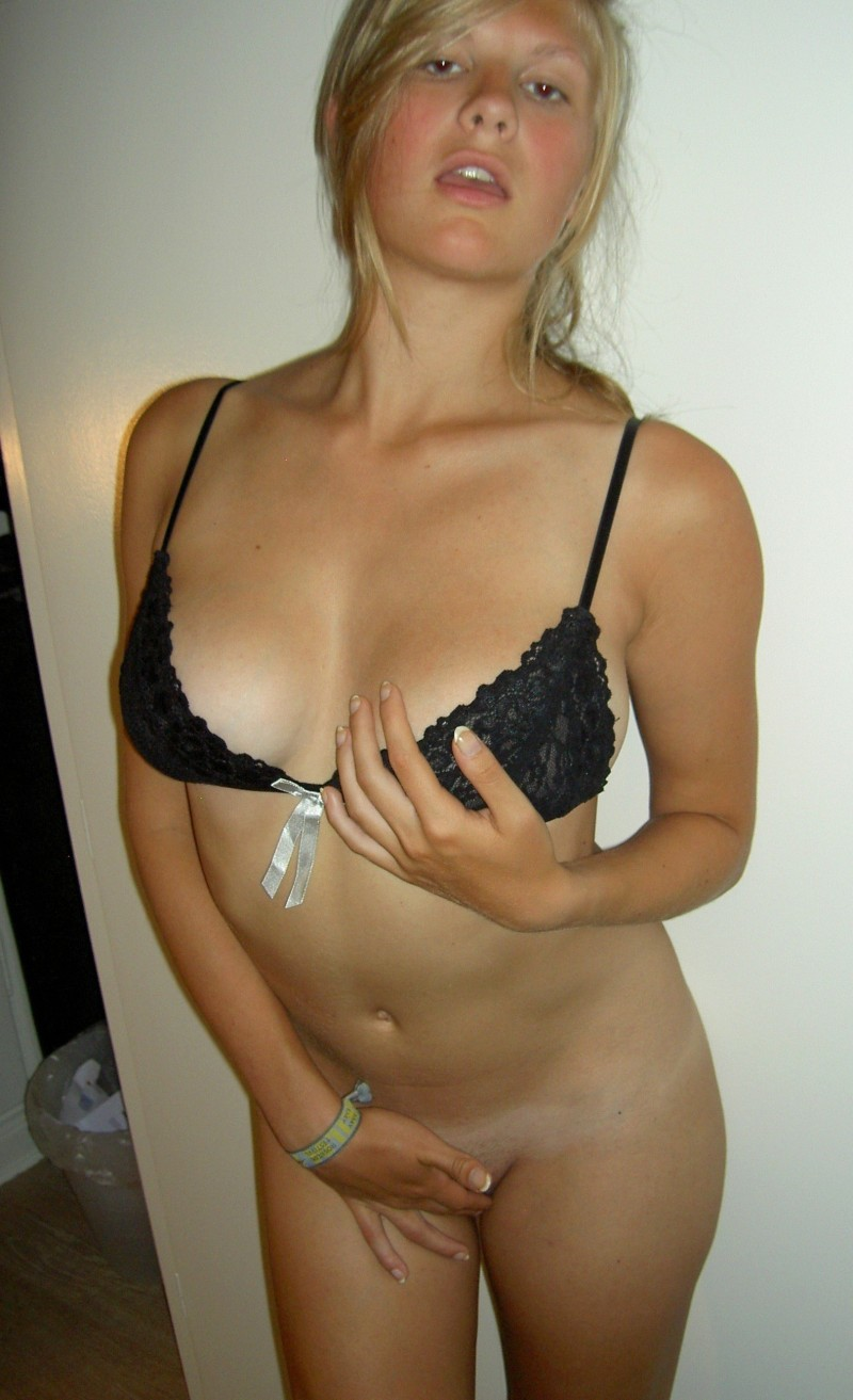 hot blond amateur
