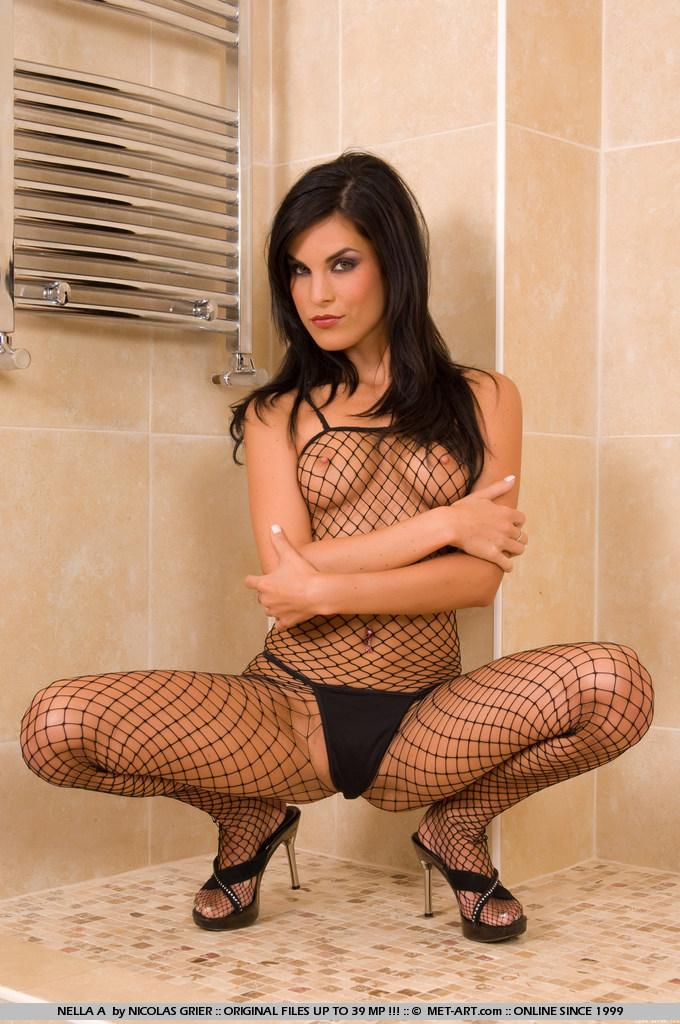nella-a-bodystocking-met-art-01