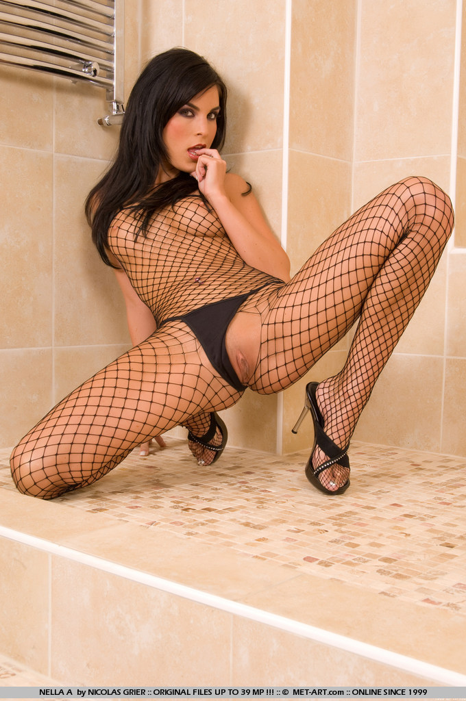 nella-a-bodystocking-met-art-04