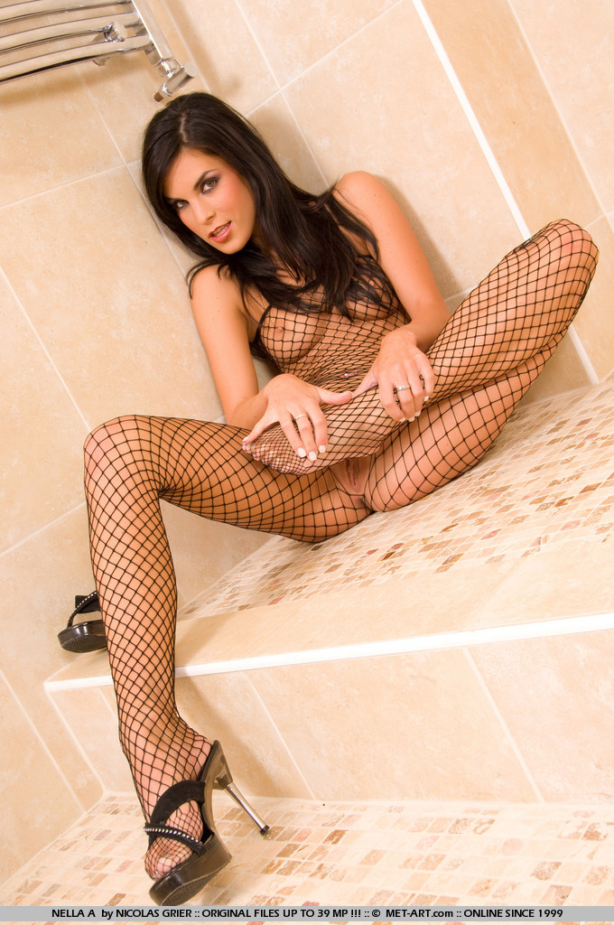 nella-a-bodystocking-met-art-13